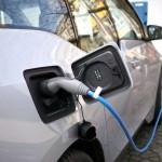 Borne de recharge pour véhicules hybrides et électriques : les principales recommandations d'usage et de configuration