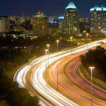 Quels sont les enjeux de l'éclairage intelligent pour les villes et les collectivités ?