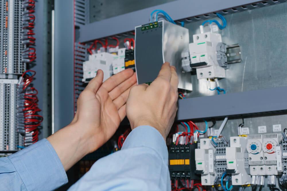 mise aux normes son système électrique
